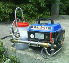 Рис. 1 Двигатель на воде.